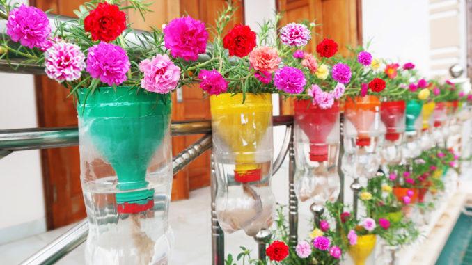 Great Vertical Garden Ideas For Balconies, Vertical Garden Automatic Watering