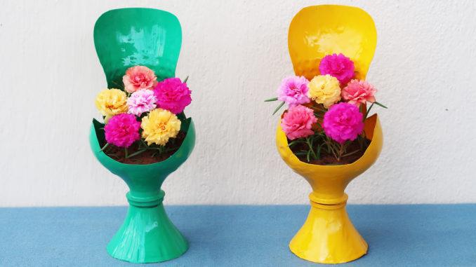 Great plastic bottle recycling ideas, Beautiful sofa shaped flower pot (1)