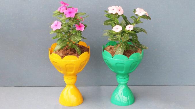 Recycle Plastic Gardening Bottles, DIY Stunning Flower Pots From Plastic Bottles For The Garden
