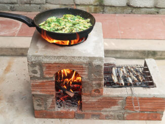 Creative wood stove from cement and brick, Great two-in-one wood stove idea